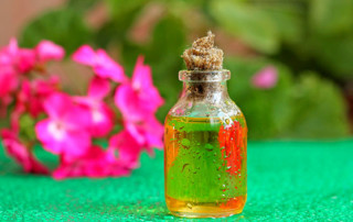 geranium oil as treatment for warts